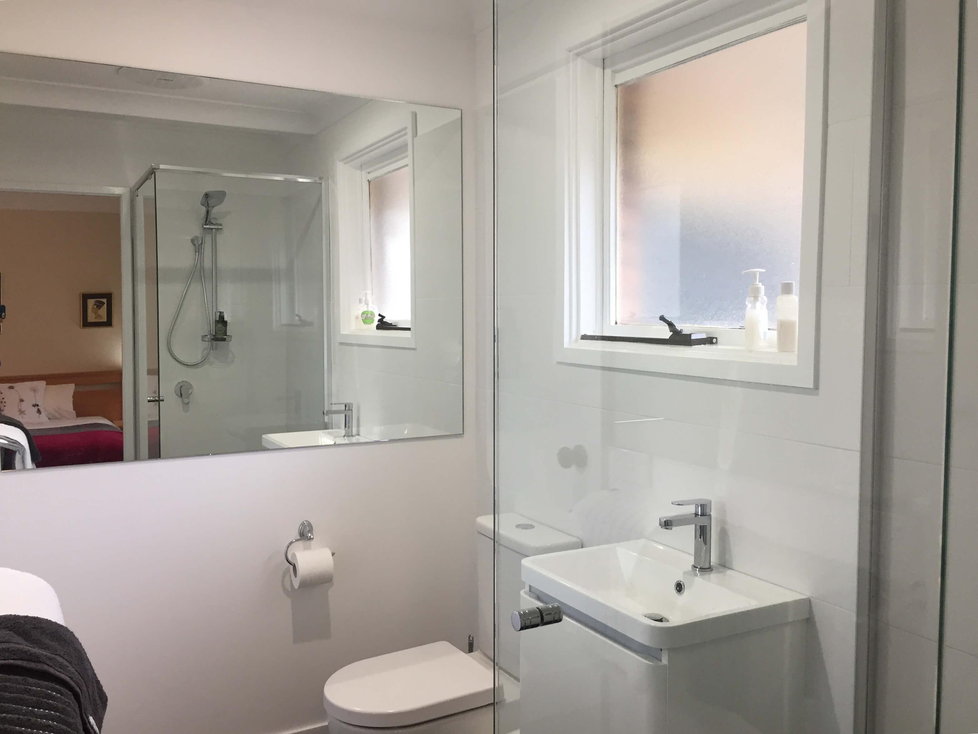 Wanderers Retreat Bathroom 1