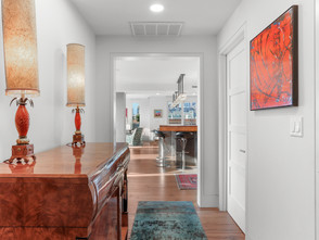 Jordan Lofts - Foyer