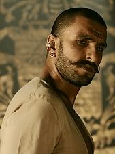 Ranveer Singh 2015.png
