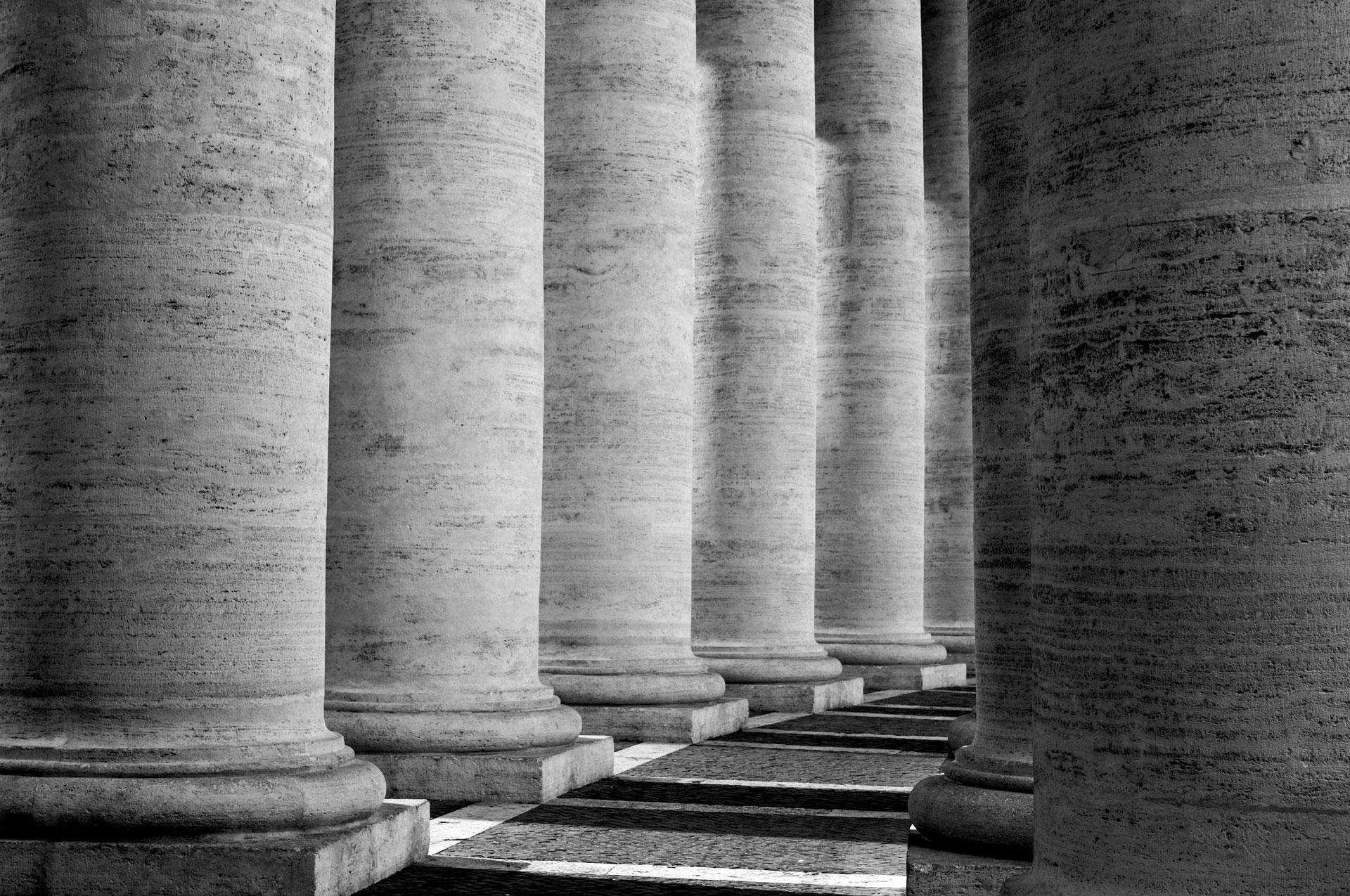 Columns, St Peter's