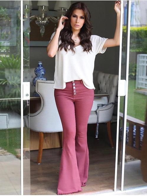 Frente da calça jeans flare vinho les cloches