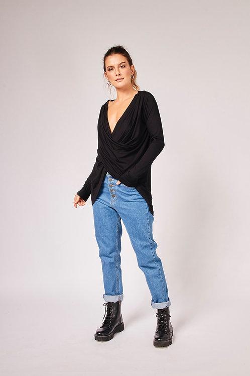 Frente da blusa veri manga longa preta les cloches