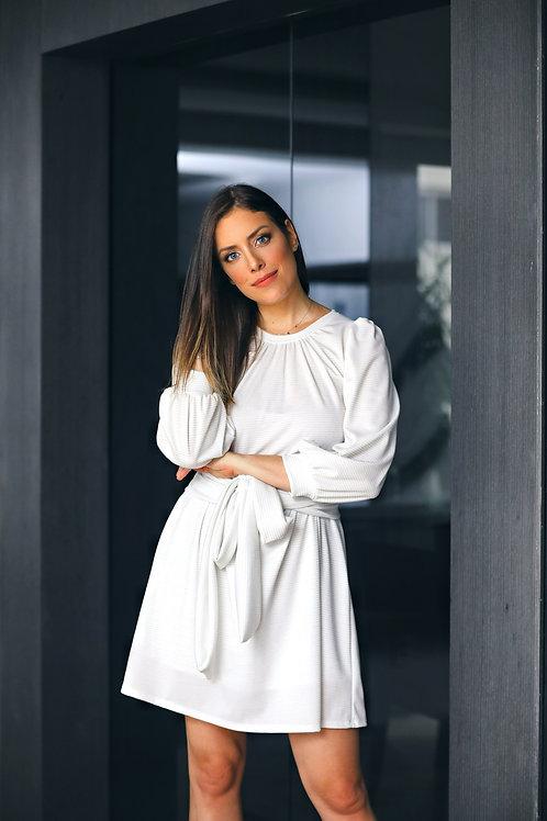 Frente do vestido emily off white les cloches