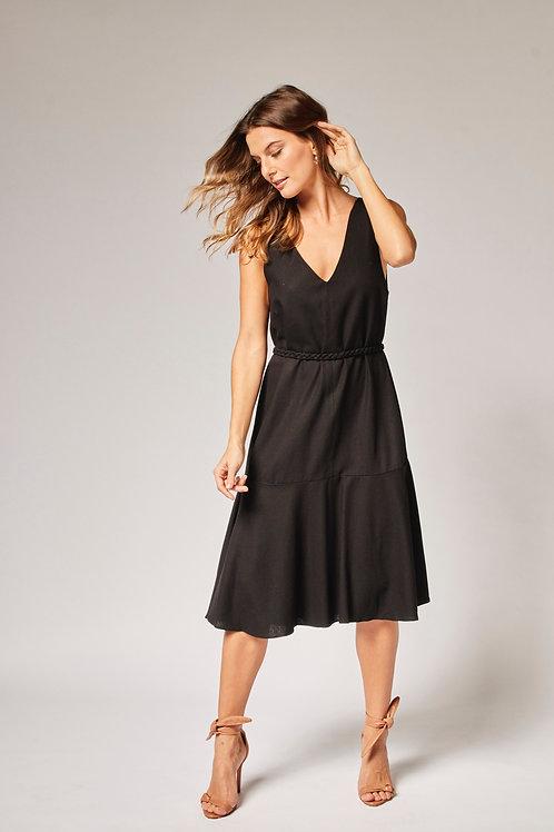 Frente do vestido linho trança preto les cloches