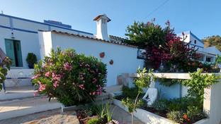 The old Farmhouse & Casa da Forno