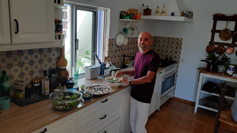 Itzak in the kitchen