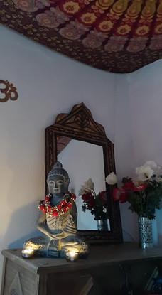 Budhas everywhere :)