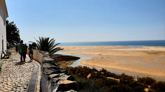 Cacelha Velha beach