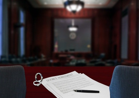 What Chicago Couples Should Know Before Filing for Divorce