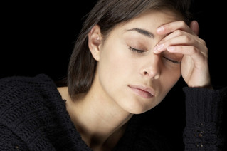 什么是丛集性头痛及中医如何治疗 cluster headache (应跃明 教授、副主任医师)