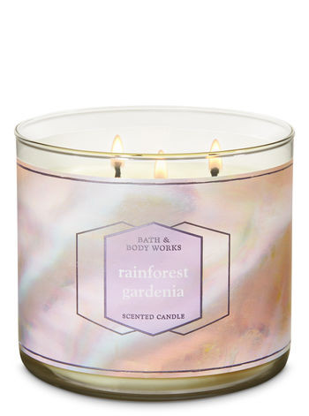 WOMEN'S FASHION & STYLE BLOG - BATH AND BODY WORKS CANDLES REVIEW & FAVORITES