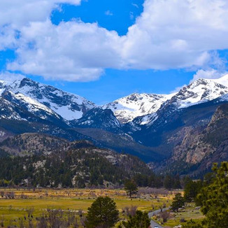 Moraine Valley, RMNP. A favorite place to regroup.