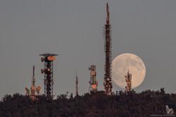 La Luna che sorge dal M.te Cero