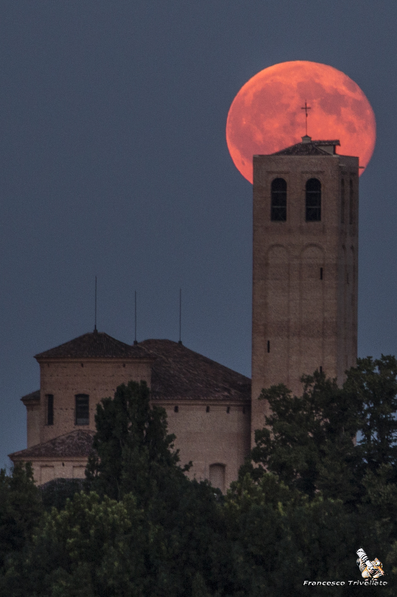 Este, Duomo al sorgere della Luna