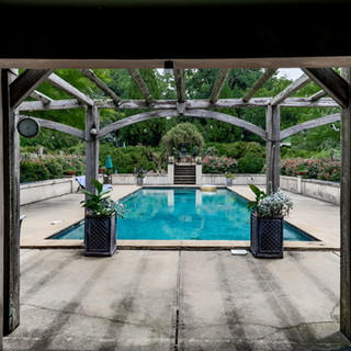 Oakton-back-yard-garden-pool.JPG