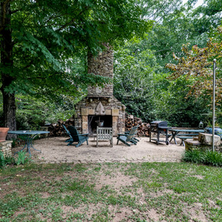 Oakton-back-yard-garden-fireplace.JPG