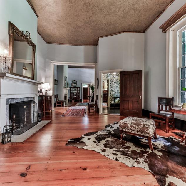 Oakton-parlor-living-room-Edit.JPG