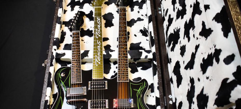 Guitar-02v2.jpg