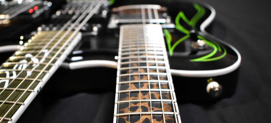 Guitar-23v2.jpg