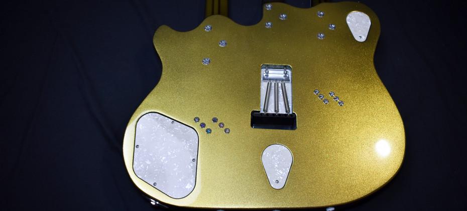 Guitar-12.jpg
