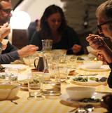 compartint menjar i converses al retir de primavera 2018 can sabé