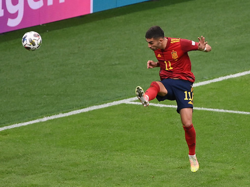 Ferran Torres double brings Spain retribution over Italy – International Roundup (06/10/21)