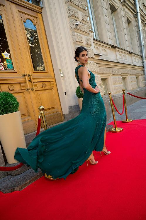 Изумрудное платье MacDuggal