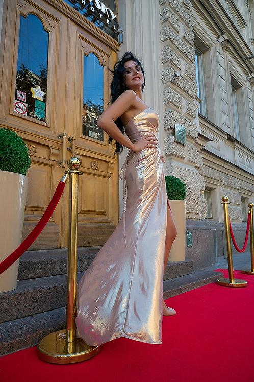 Гламурное эффектное платье
