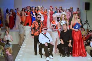 Наши платья на конкурсе красоты в доме Моды Вячеслава Зайцева