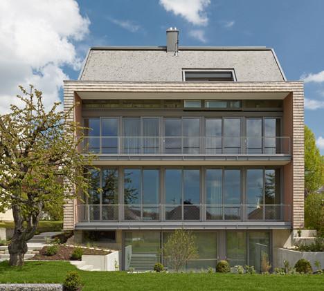 Haus-B19-by-search_dezeen_1.jpg