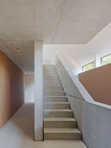 Haus-B19-by-search_dezeen_23.jpg