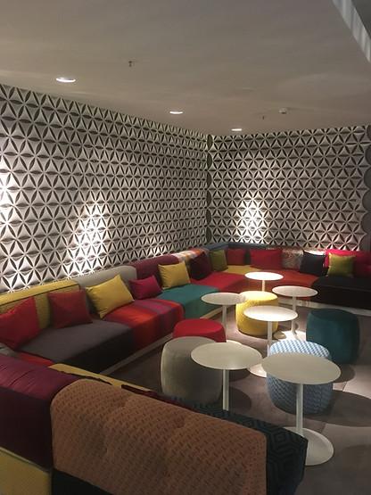 Lichtdesign zusammen mit Geplan Hotellobby Jaz in Stuttgart