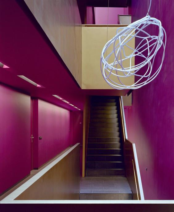 Lichtplanung und Lichtkunst in München für bogevischs büro   Foto: Jens Maasmann