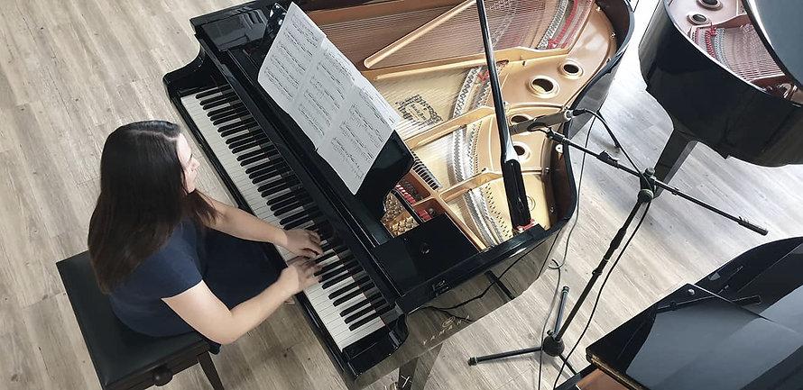 Dr Milica Lawrence, Piano Academy, Olimpus Music Ltd Mosta 2020_edited.jpg