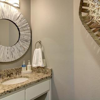 Upstairs Hall Bathroom.jpg