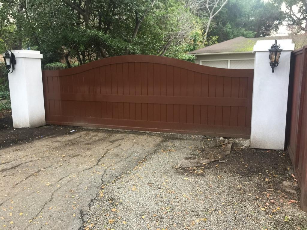 Privacy Gate # 13