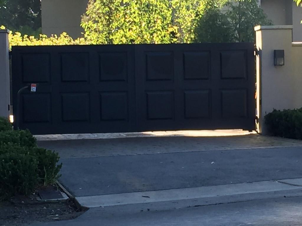 Privacy Gate # 16