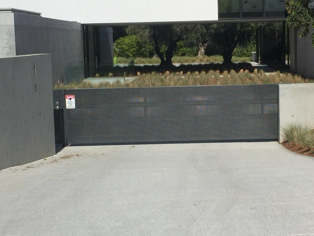Privacy Gate # 10