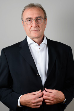 Christian.C.Robert-30