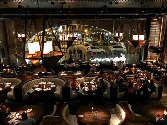 The Perfect Celebratory Restaurant : Rec Pier Chop House
