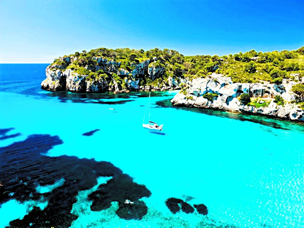Macarelleta cala Playa Menorca Barco