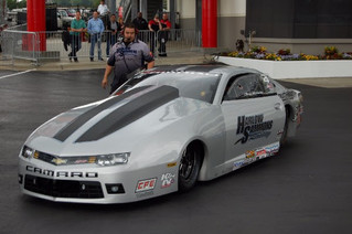 Chris McGaha Welcomes Neuralog at NHRA SpringNationals