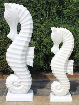 Seahorse - White.png