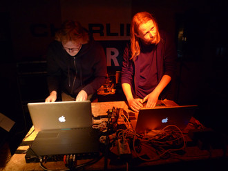 Cloudbuilder (Ulf Holbrook og Arne Borga