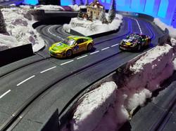 Slotbahn mit Schneelandschaft