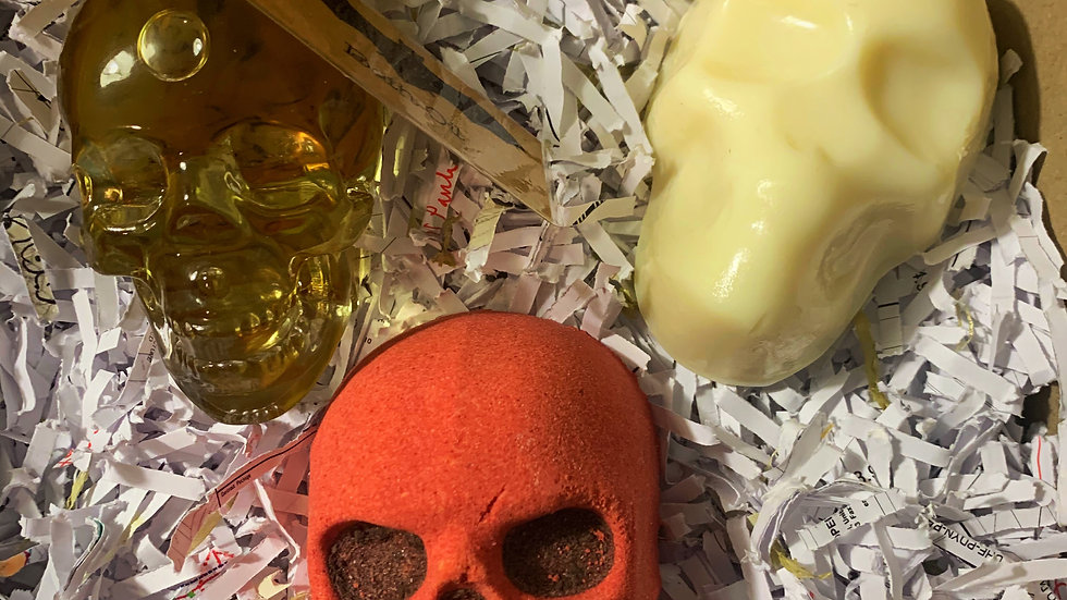 Red Skull bath gift set