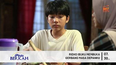 RIDHO IBUKU MEMBUKA GERBANG MASA DEPANKU