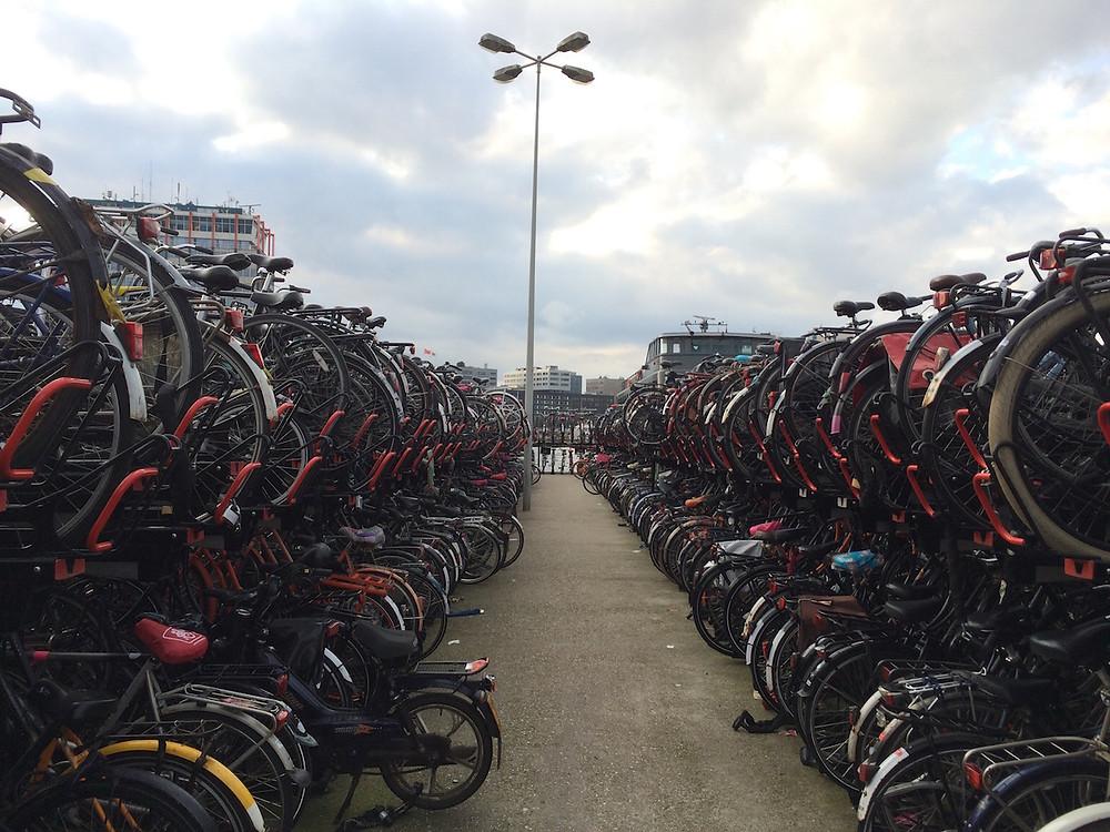 Parking à vélo à Amsterdam