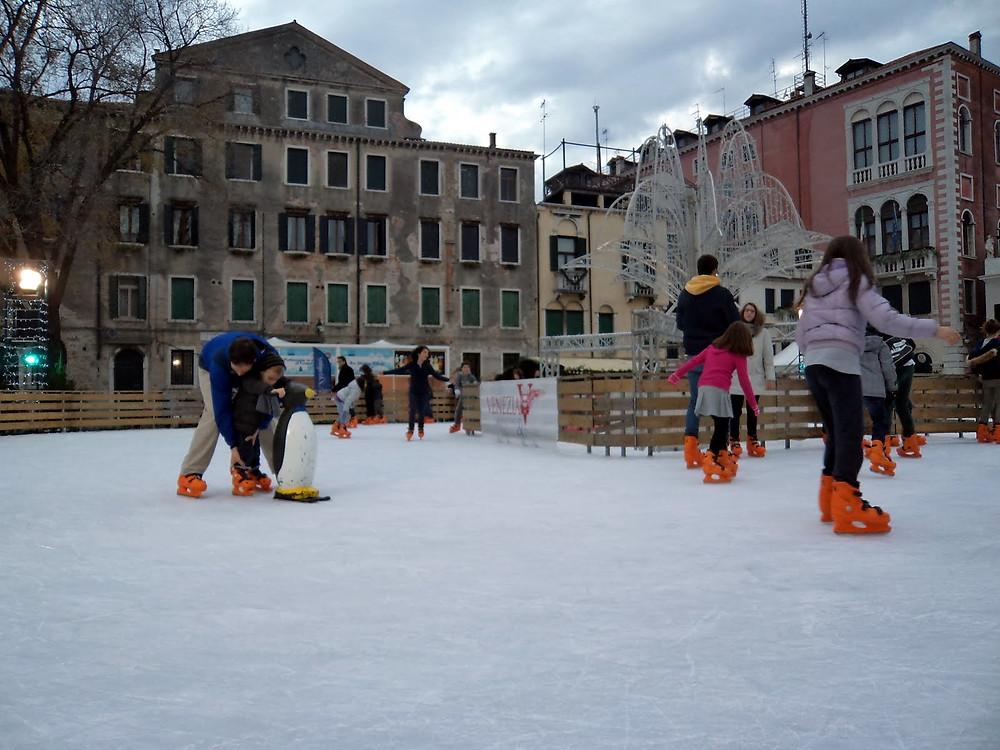 La patinoire de San Polo à Venise