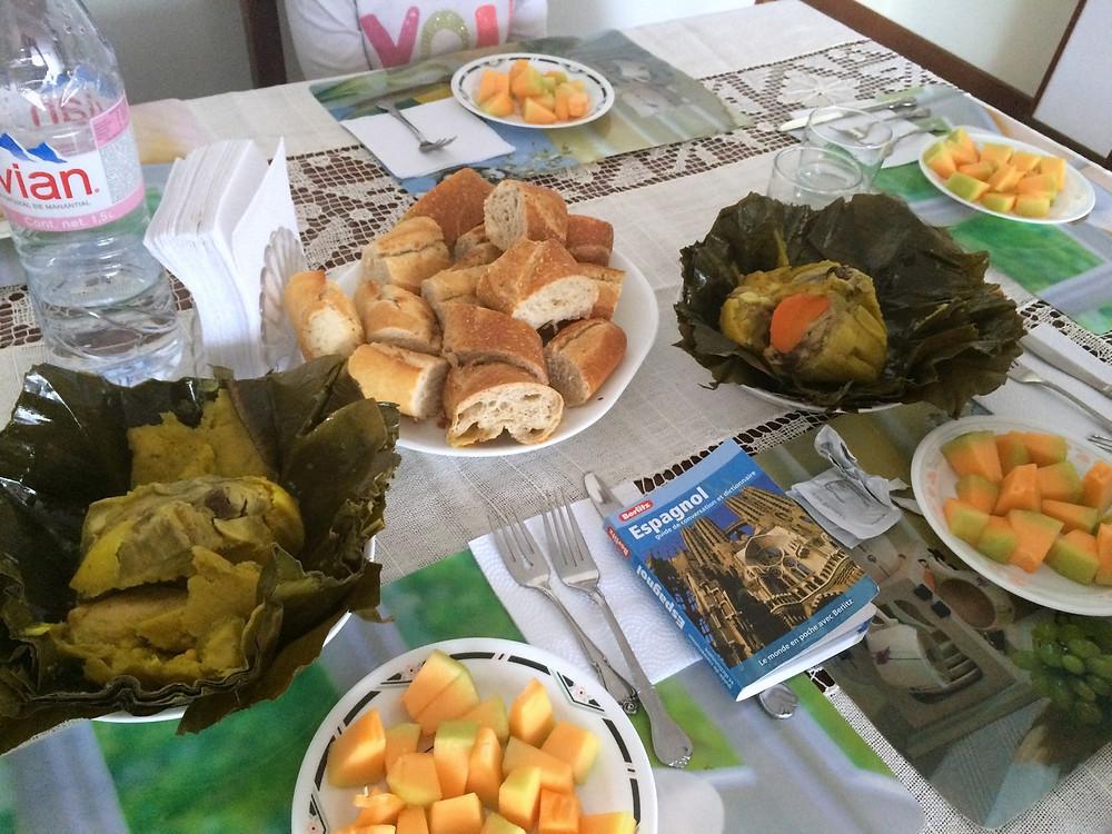Petit-déjeuner colombien à base de tamal